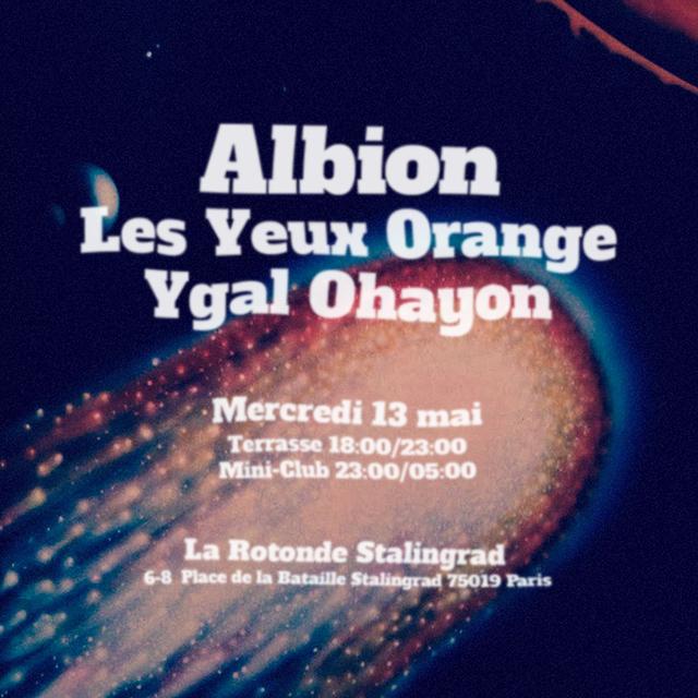 Mini-Club LYO / Albion & Ygal Ohayon